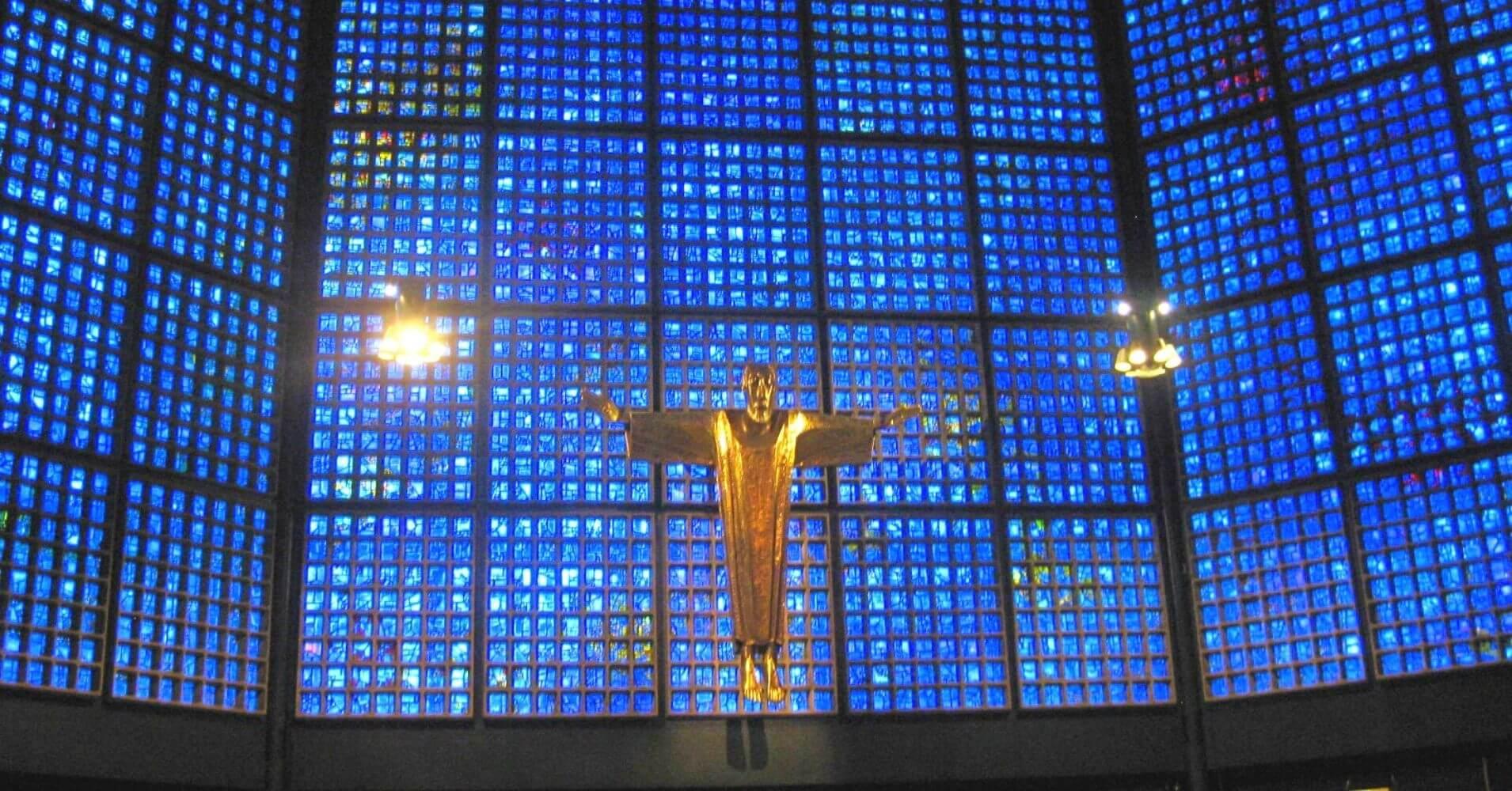 La Iglesia del Káiser William en la Capital de Alemania.