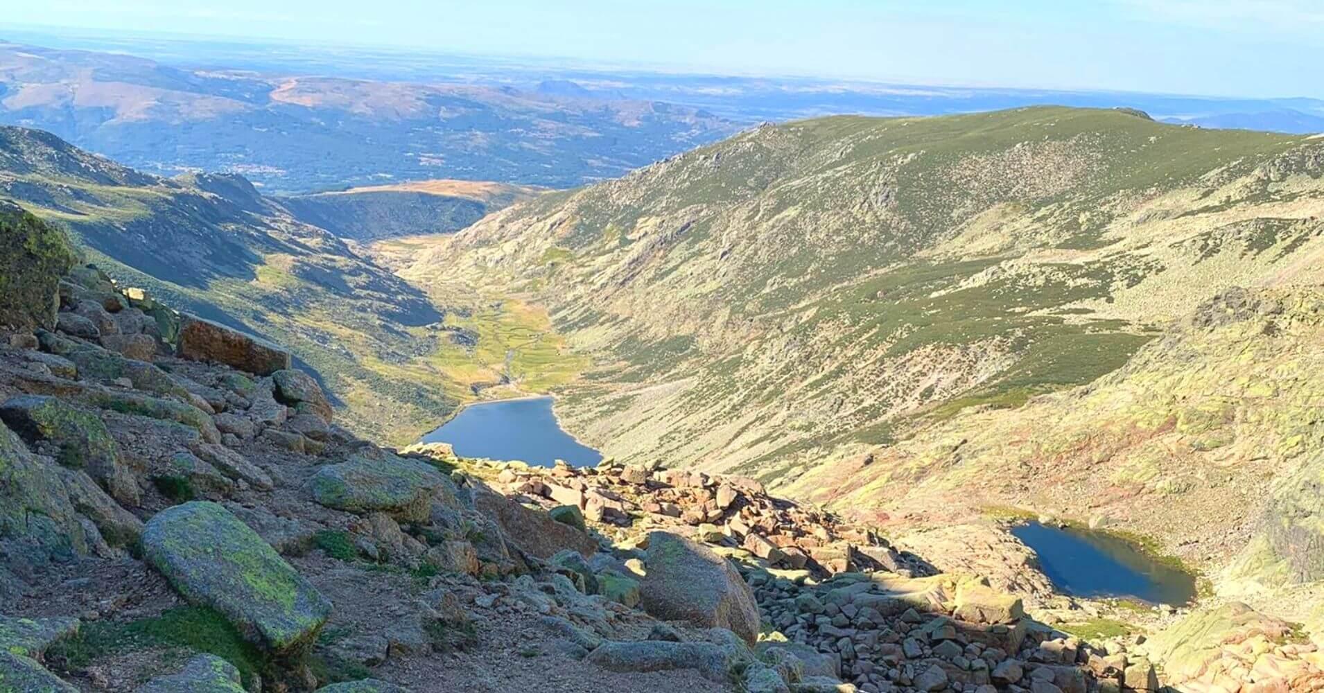 Laguna del Barco y Laguna Cuadrada. Garganta de Galín Gómez. Sierra de Gredos. Ávila. Castilla y León.