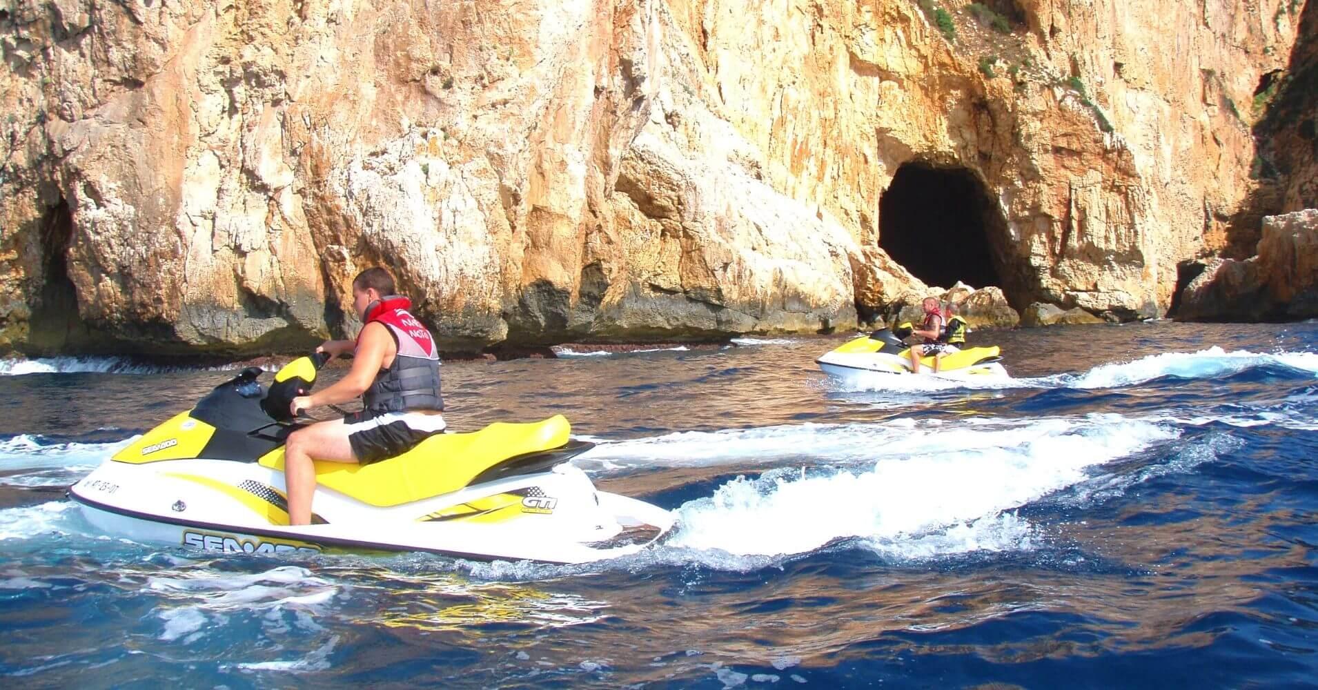 Las Cuevas del Cabo de la Nao. Jávea. Alicante, Comunidad Valenciana.