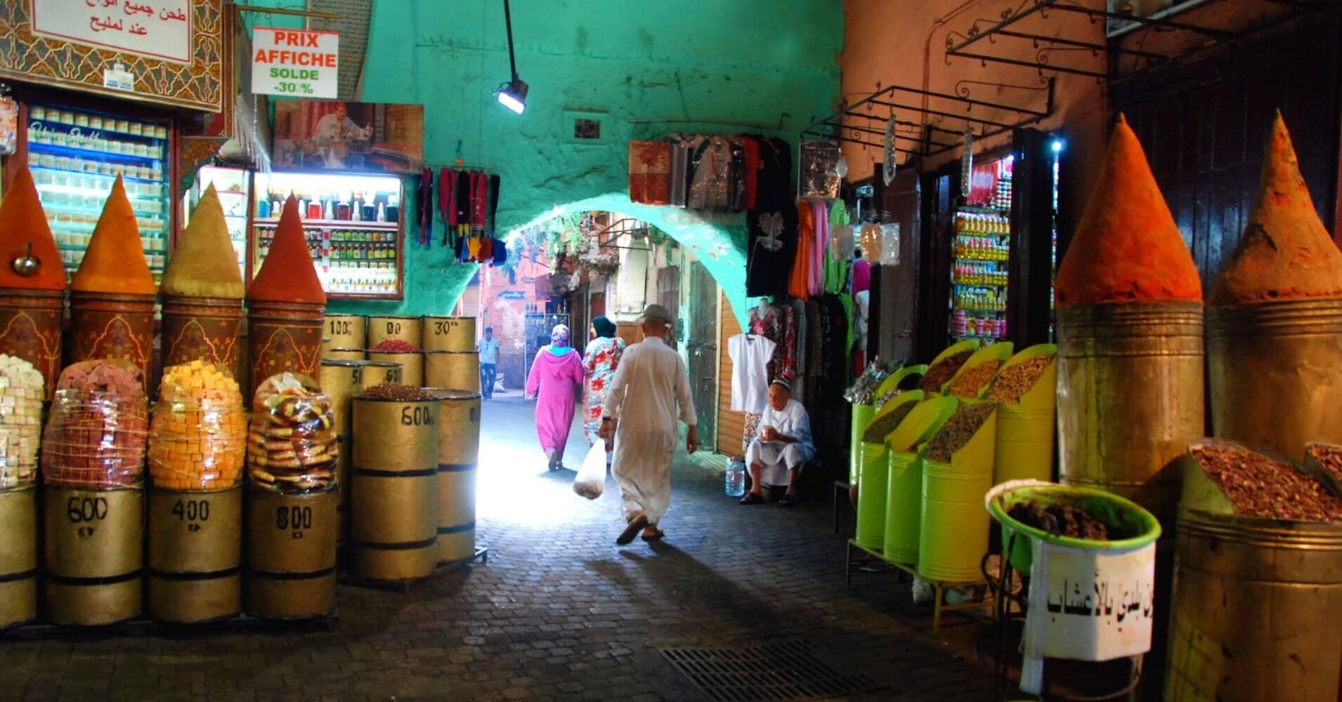 Bazares y Zoco en la Medina, Marruecos.