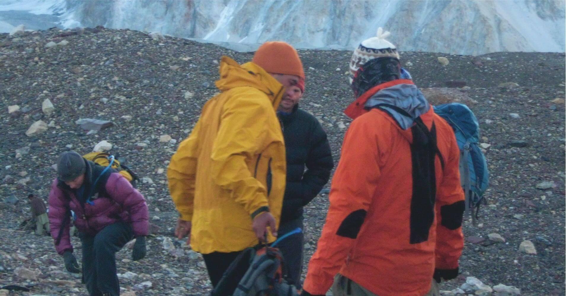 Parada en el Trekking del Campo Base del K2, Pakistán.