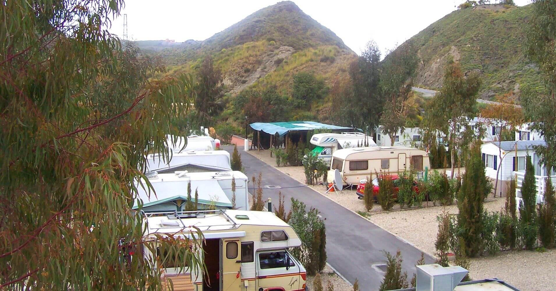 Parcelas del Camping Cueva Negra. Almería. Andalucía.