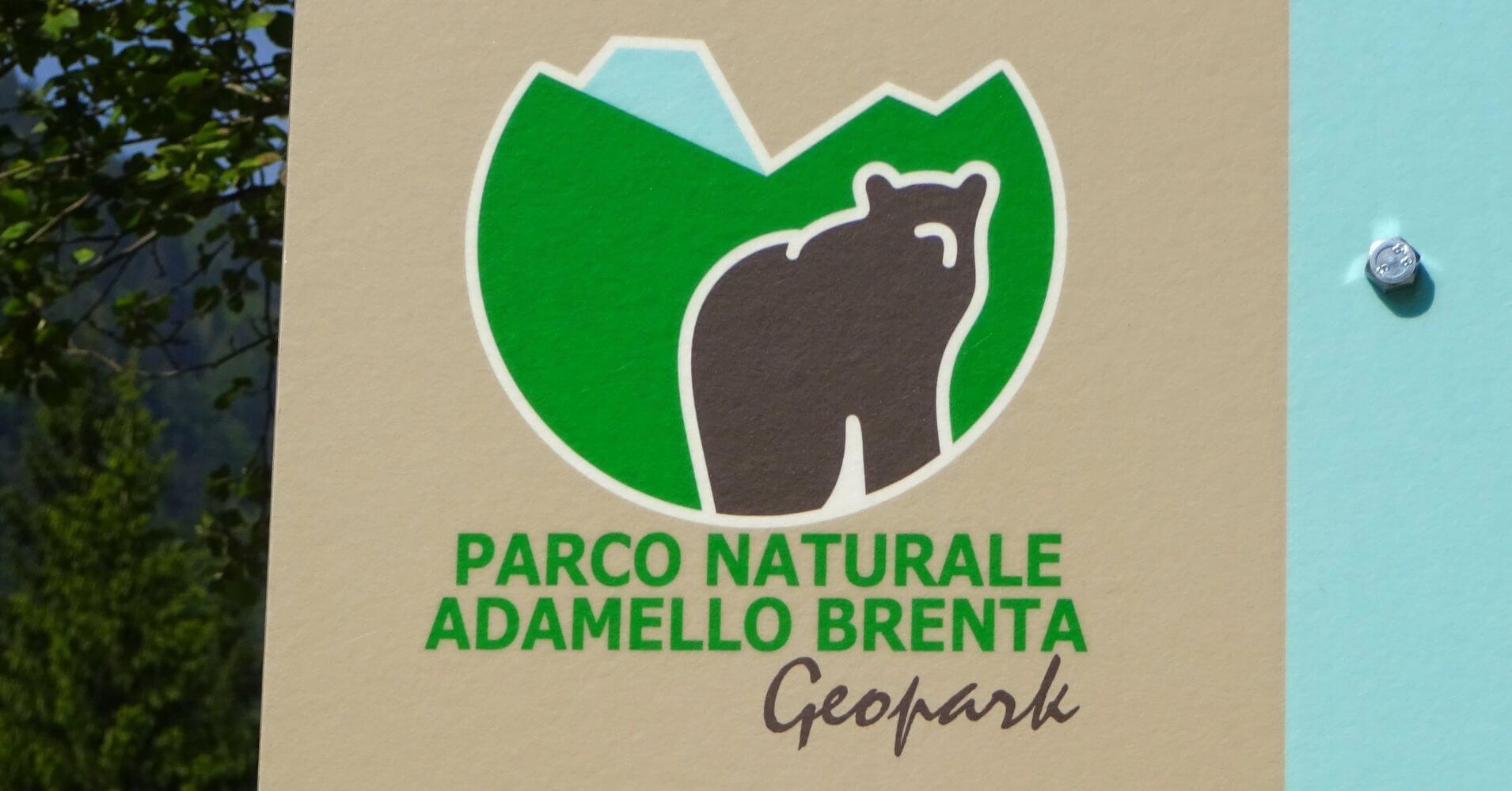 Parque Natural Adamello Brenta. Geoparque. Dolomitas, Madona di Campliglio. Véneto. Italia.