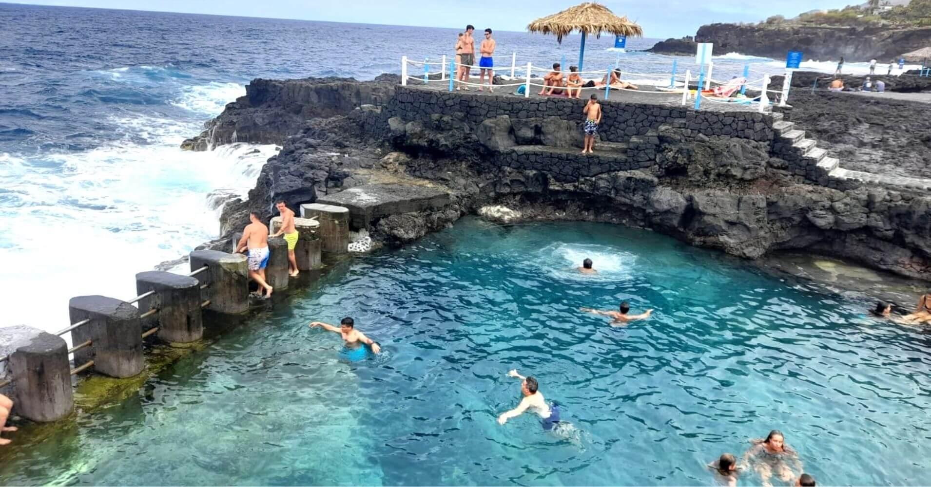Piscinas Naturales del Charco Azul. La Palma. Islas Canarias.