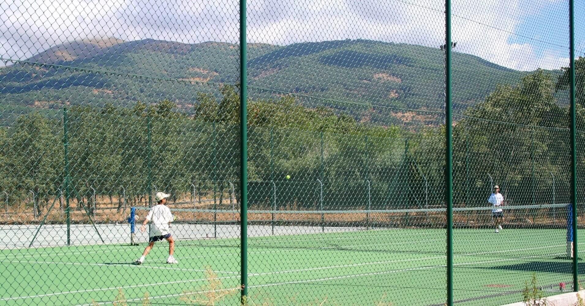 Pista de Tenis Camping Candeleda. Ávila, Castilla y León.