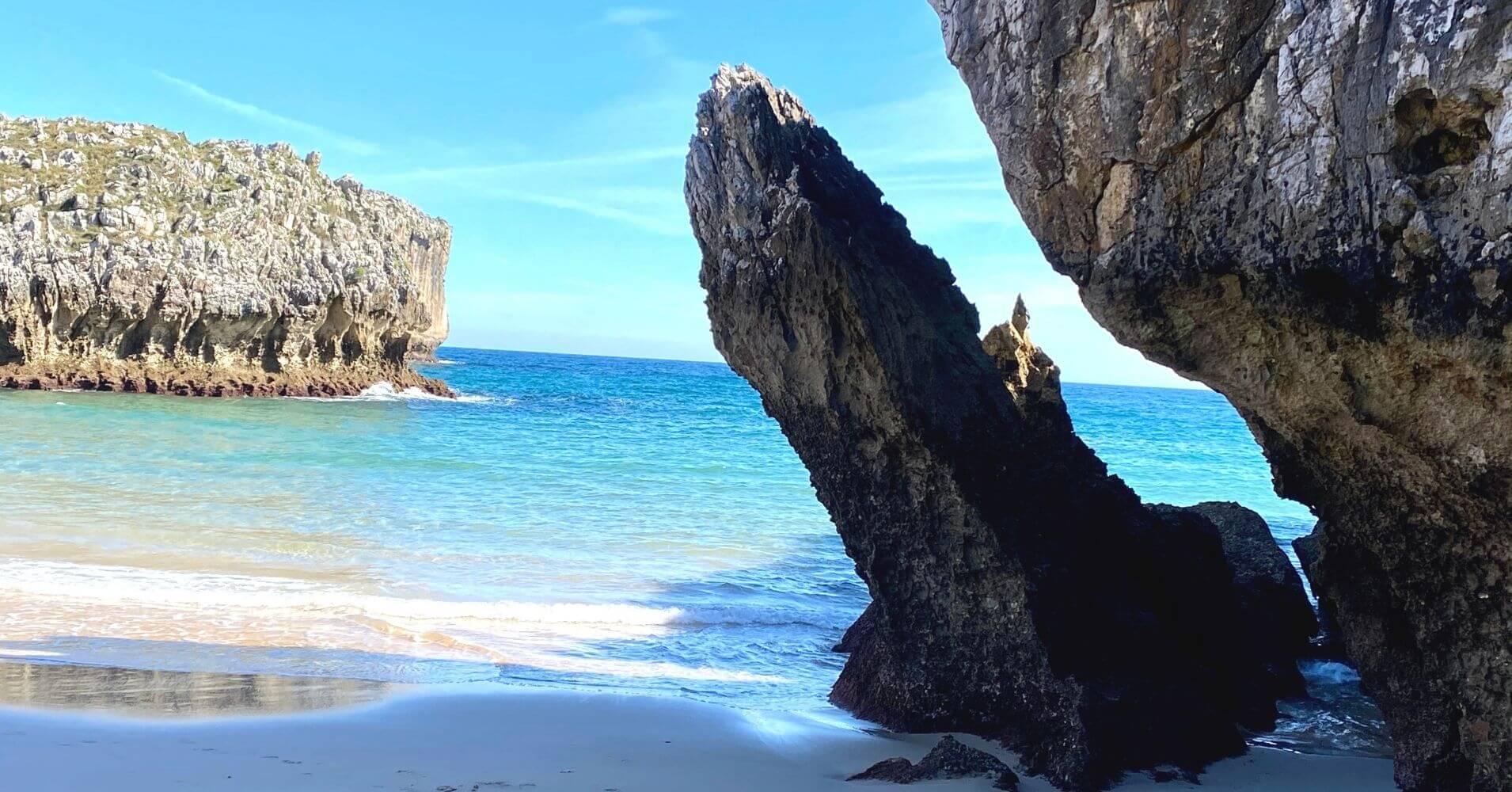 Playa de San Antonio del Mar. Nueva.