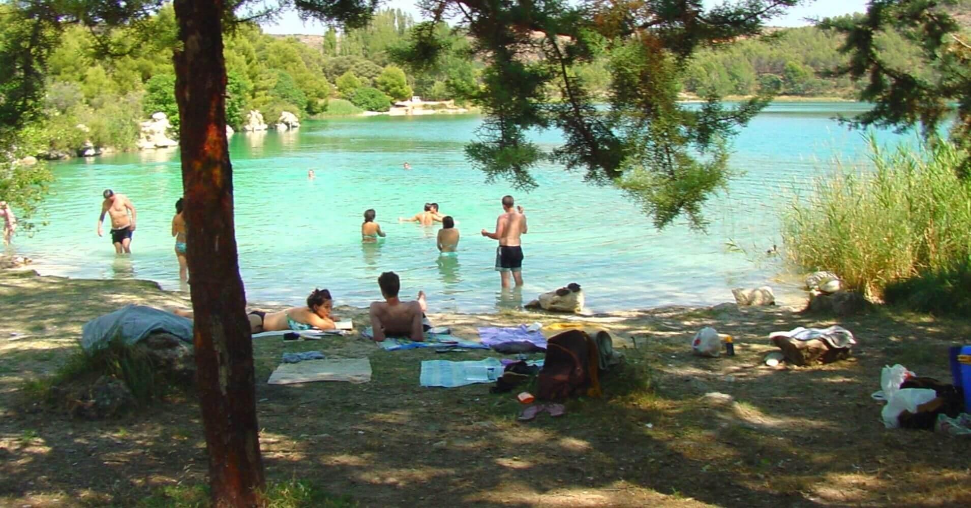 Playa Natural de las Lagunas de Ruidera. Ciudad Real, Albacete. Castilla la Mancha.