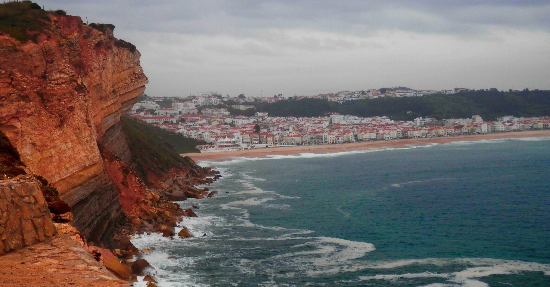 Playa y Nazaré, Portugal.