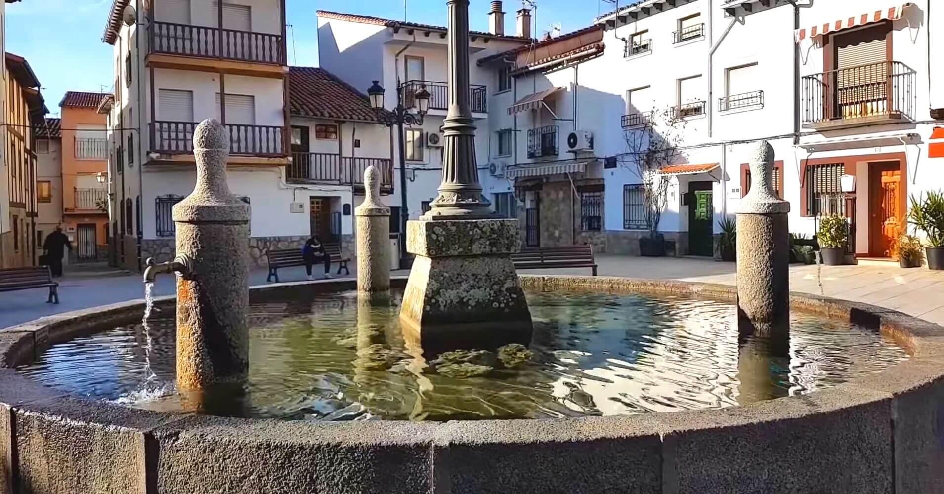 Plaza de Candeleda. Ávila, Castilla y León.