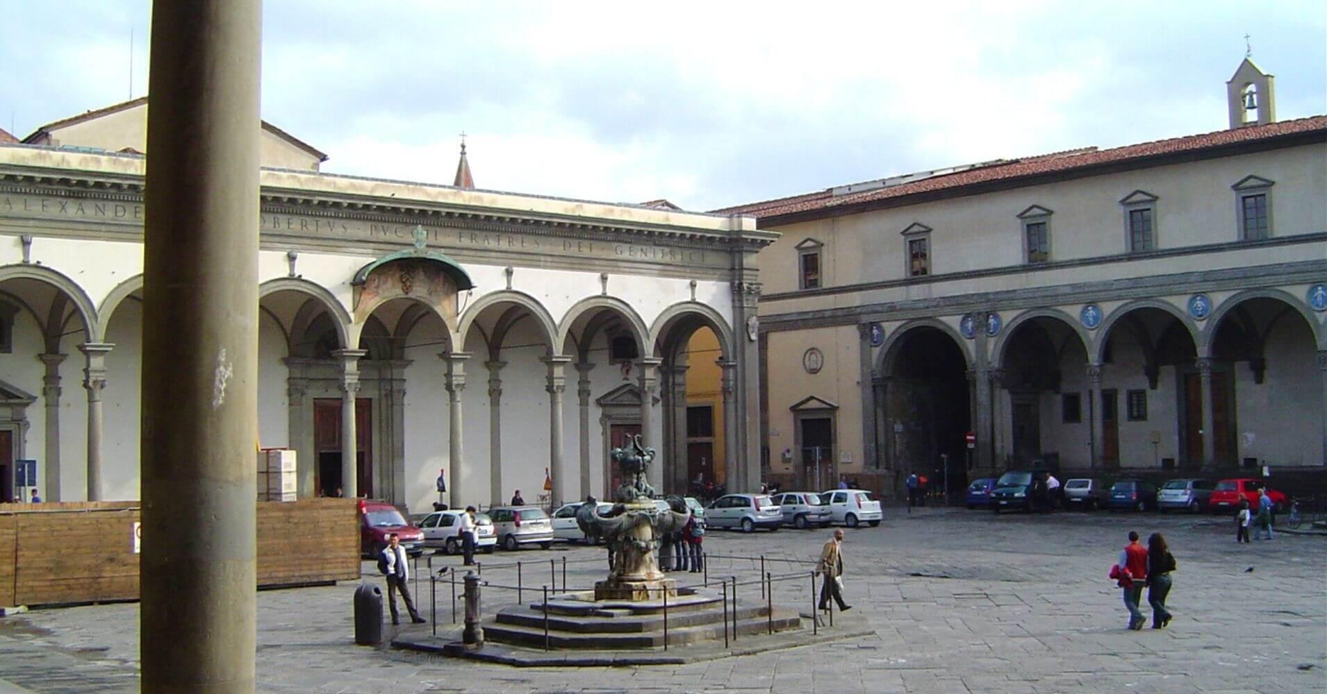 Plaza de la Anunciación. Hospital de los Inocentes. Florencia. Toscana, Italia.