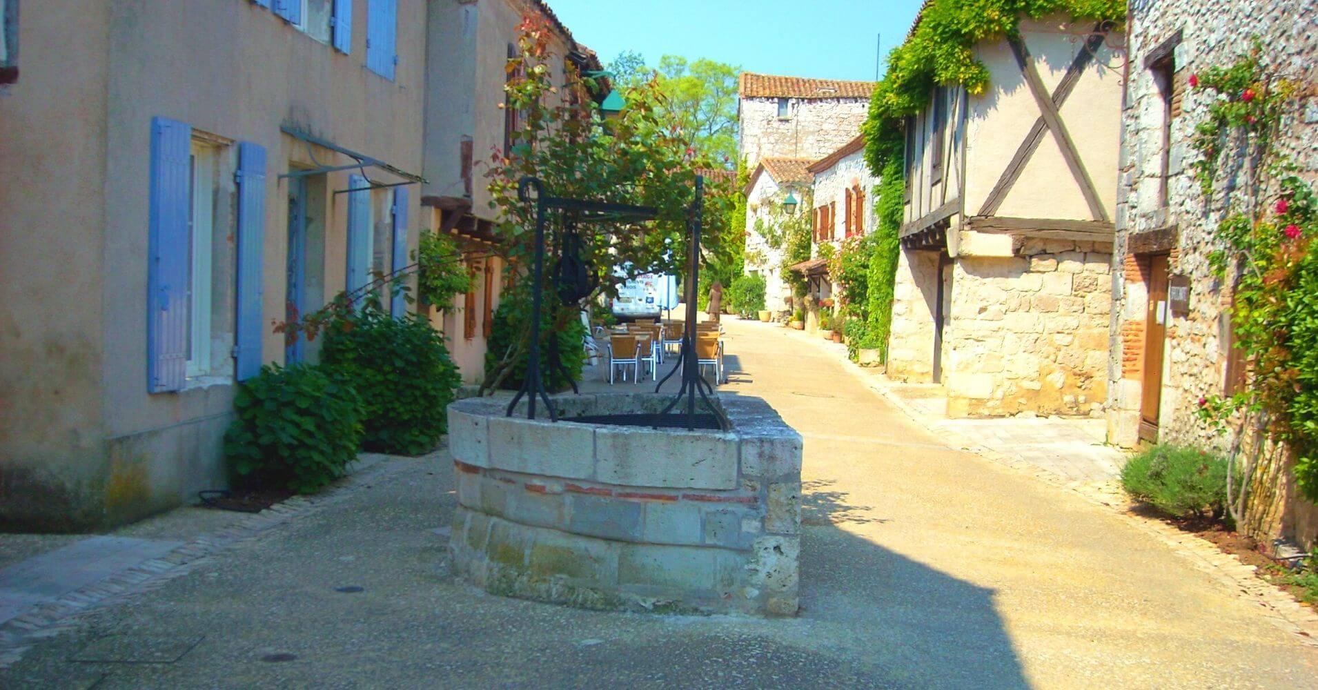 Pozo de Pujols-le-Haut. Nueva Aquitania. Lot y Garona. Francia.