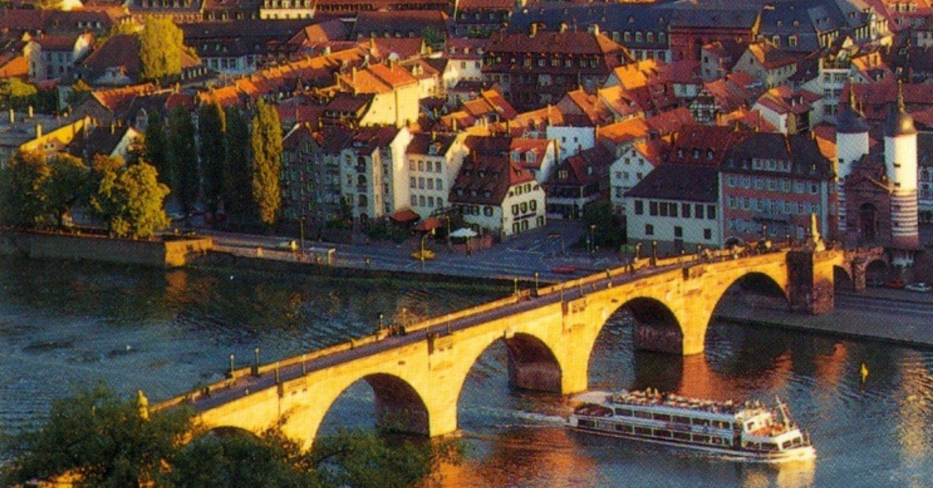Puente de la Ciudad. Baden-Wurtemberg. Alemania.