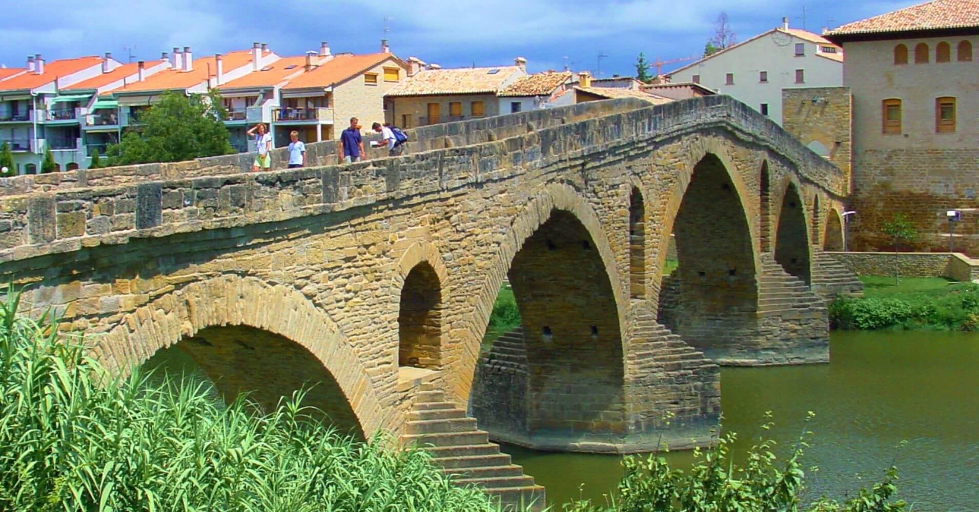 Puente de la Reina. Camino de Santiago. Navarra.