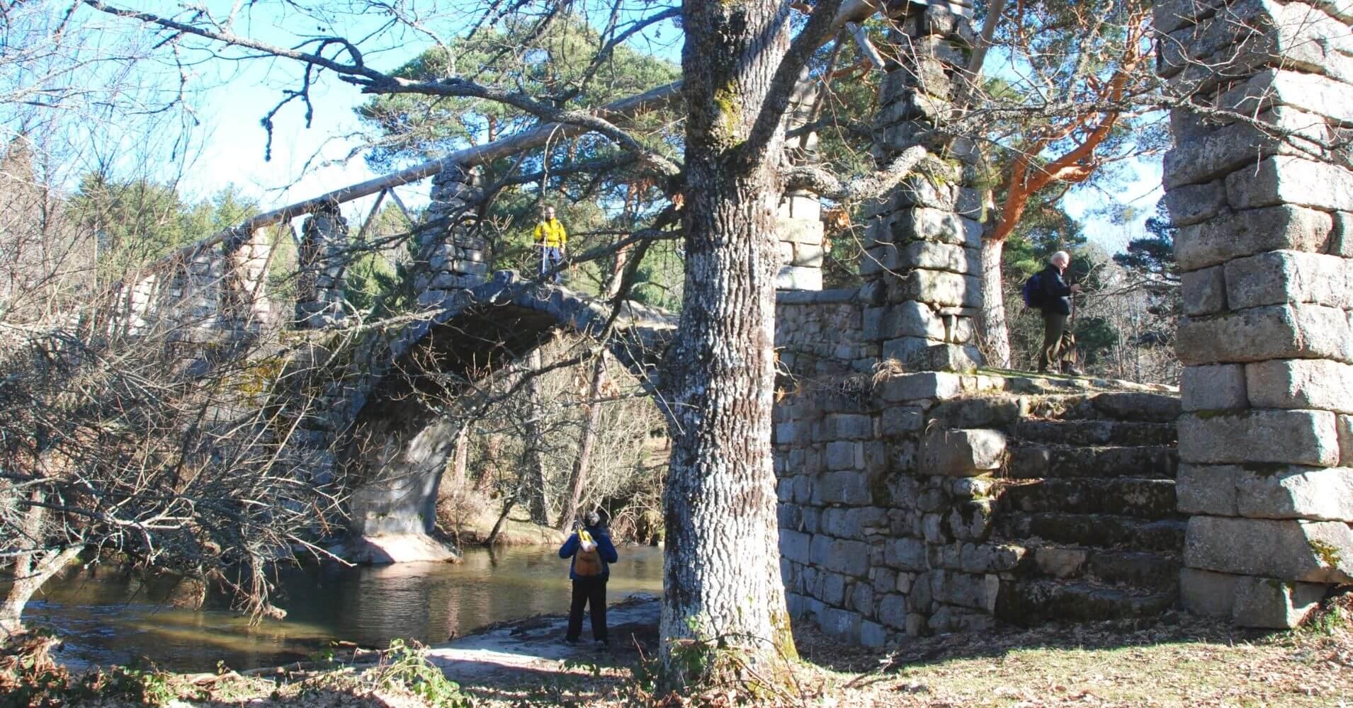 Puente de los Canales. Río Eresma. Valsaín. Segovia. Castilla y León.