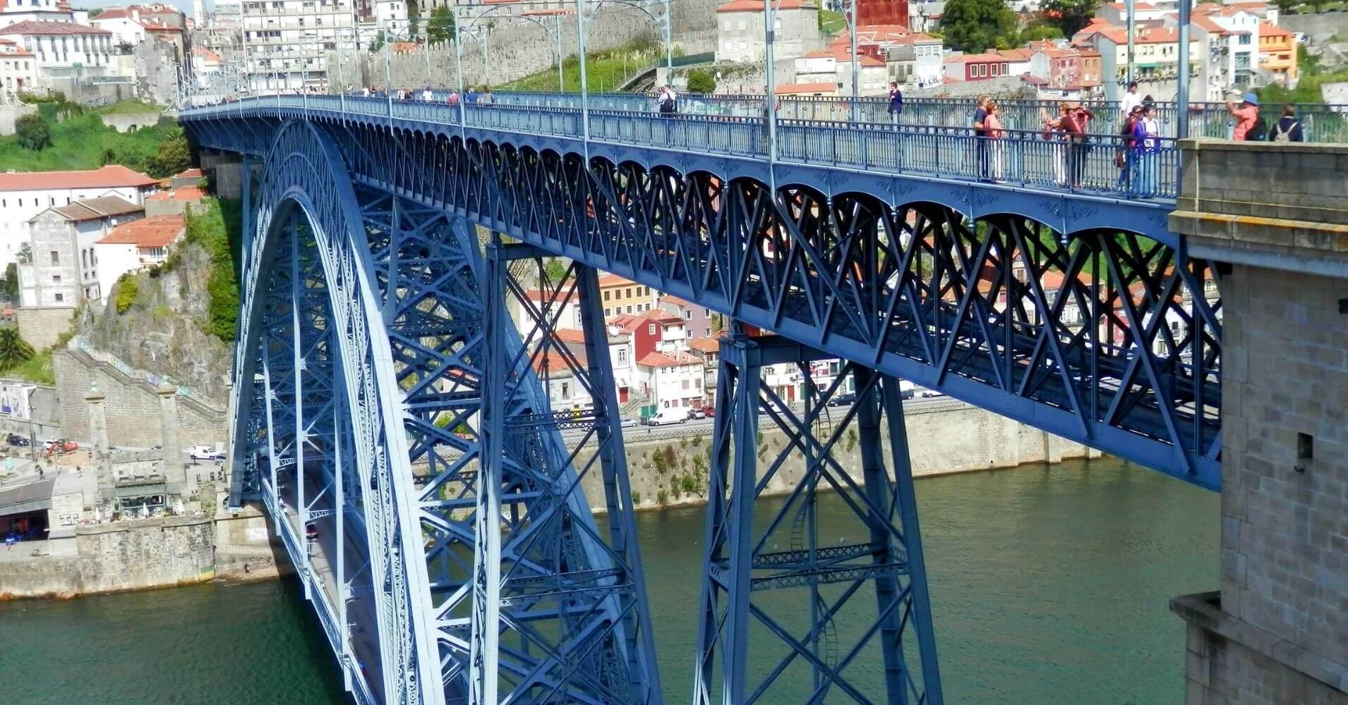Puente de Luis I. Porto Escenario de Saudade. Portugal.