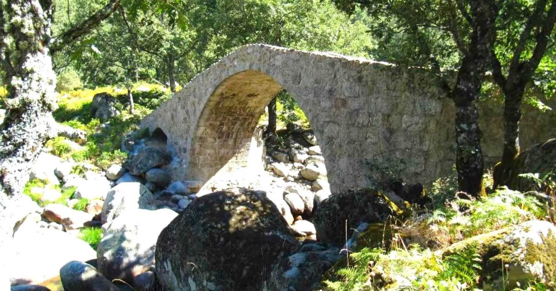 Puente del Puerto de Candeleda. Ávila, Castilla y León.