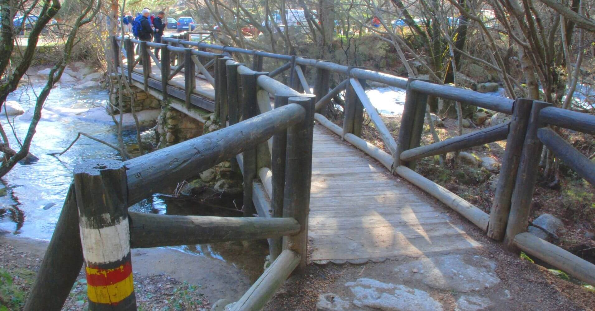 Puente Sobre el Río Manzanares en Canto Cochino. Vuelta a El Yelmo de la Pedriza. Manzanares el Real. Madrid.