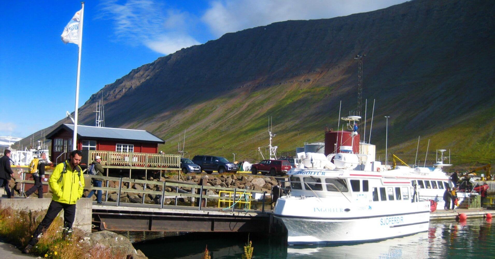 Puerto de Ísafjorður. Vestfirðir en Islandia.