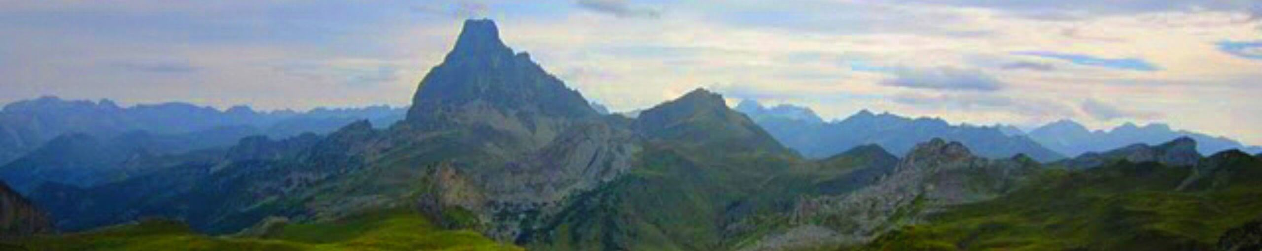 Refugio de Ayous. Pico du Midí d' Ossau. Parque Nacional de Pirineos. Nueva Aquitania. Pirineos Atlánticos. Francia.