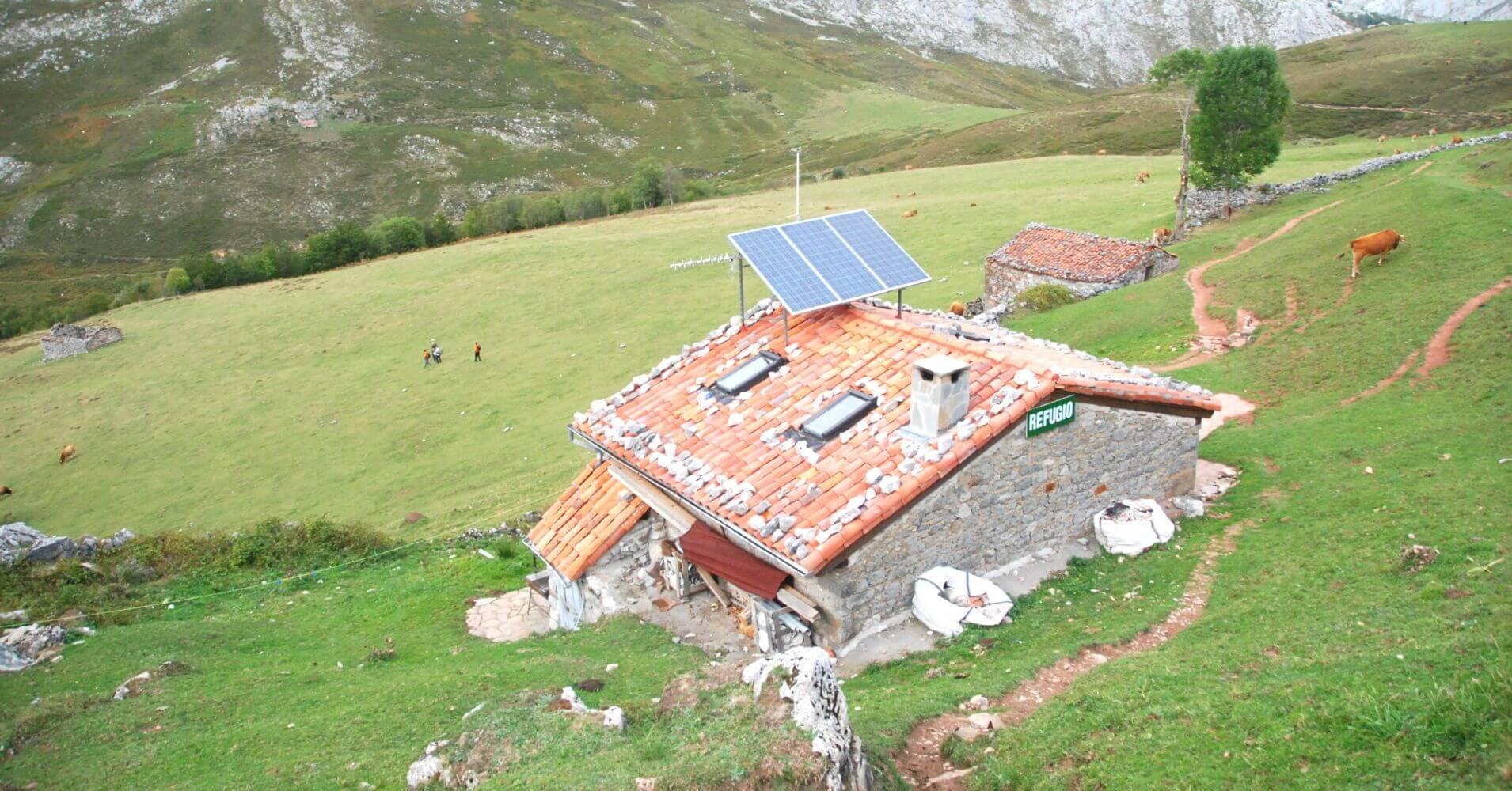 Refugio de la Tenerosa. Travesía de Picos de Europa. Asturias.