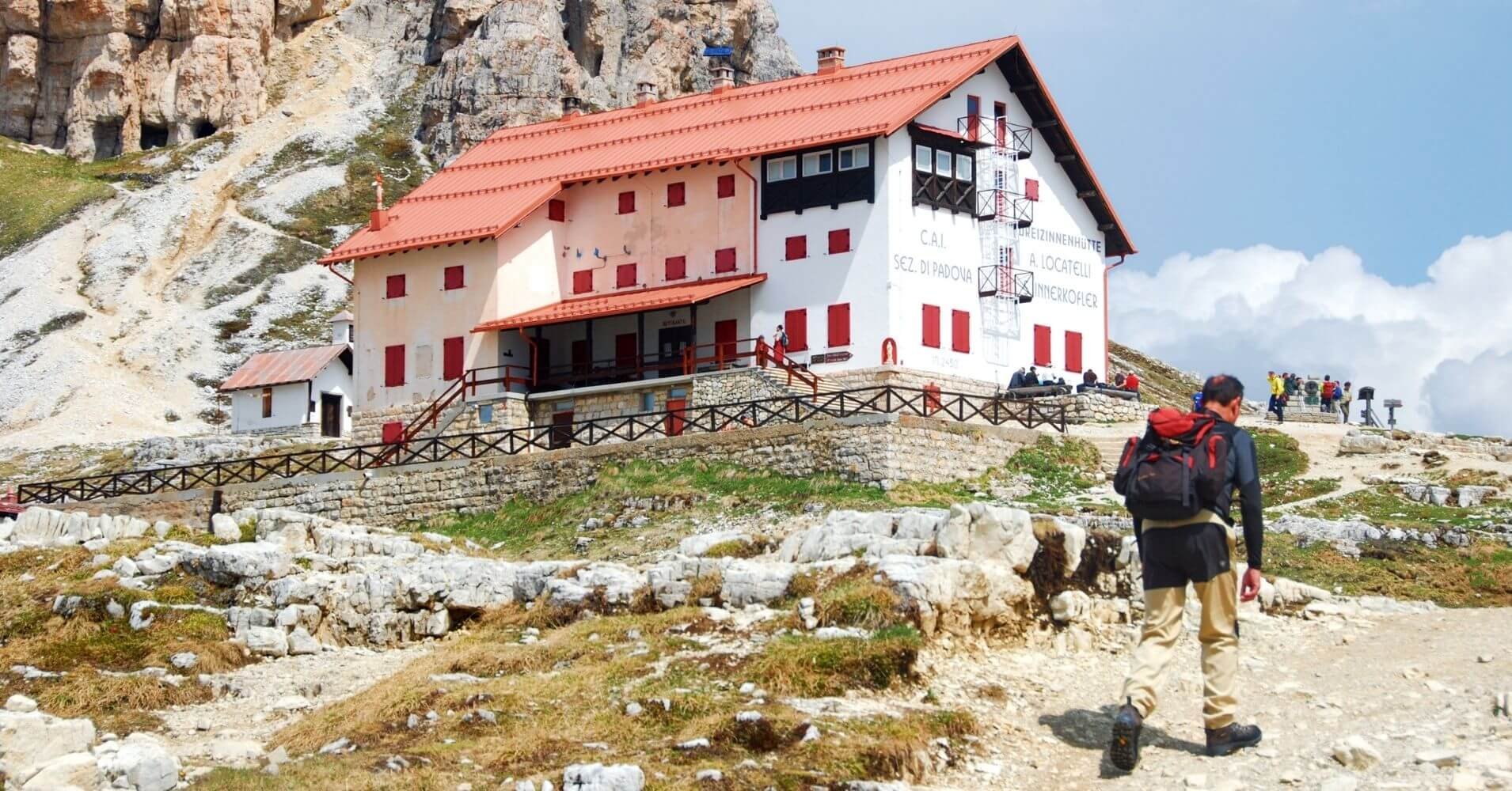 Refugio de Locateli. Tres Cimas di Lavaredo. Alpes Dolomitas. Belluno. Véneto. Italia.