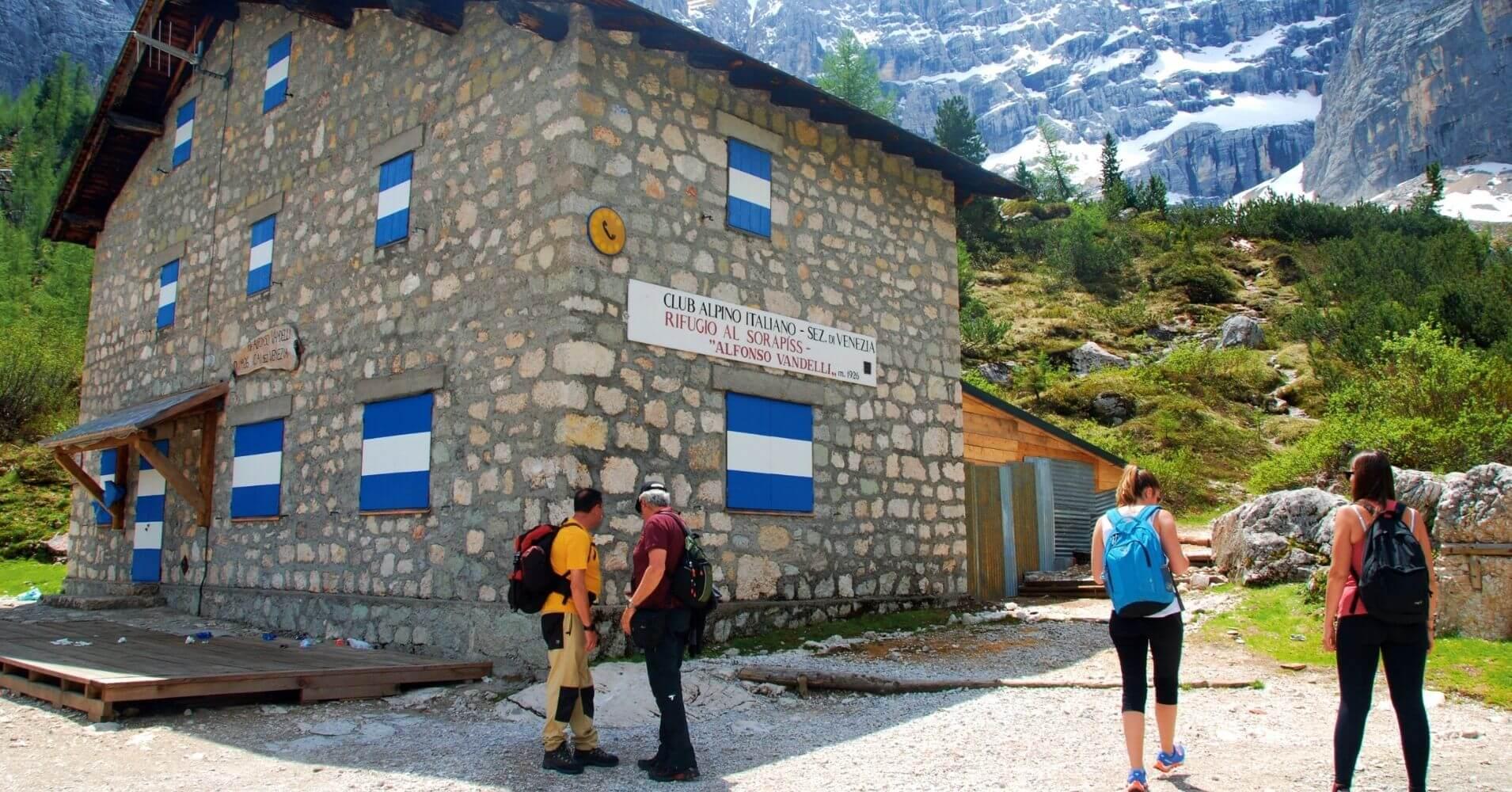 Refugio de Vandelli. Cortina d' Ampezzo. Dolomitas, Belluno. Véneto. Italia.