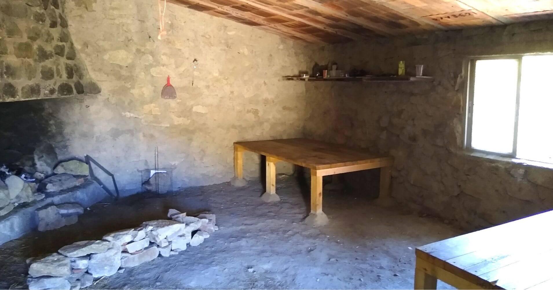 Refugio Pastoril Navacasera. Garganta de La Nava del Barco. Ávila, Castilla y León.