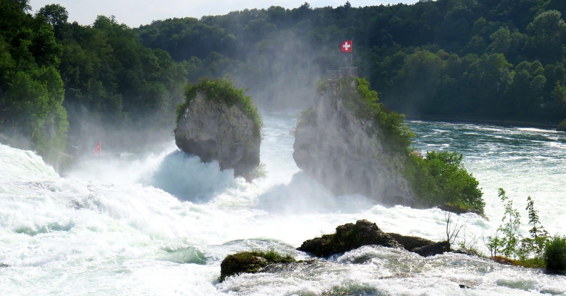 Rheinfall, Cataratas del Rin. Schaffhausen, Suiza.