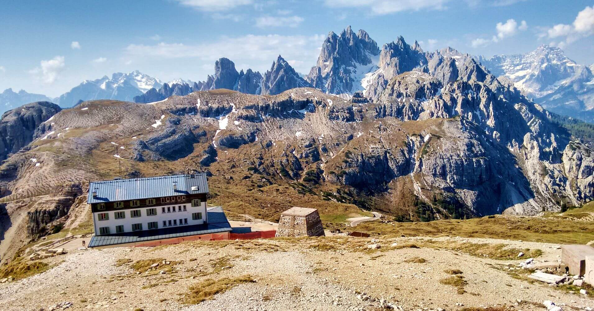 Rifugio Auronzo. Alpes Dolomitas, Tres Cimas di Lavaredo. Belluno, Véneto. Italia.