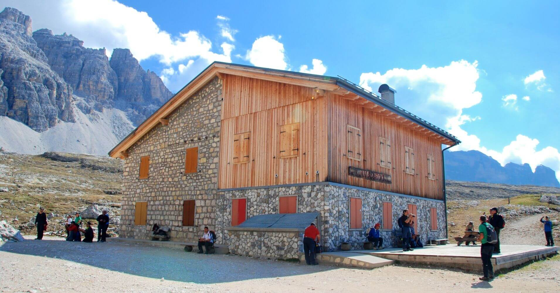 Rifugio di Lavaredo. Alpes Dolomitas. Tres Cimas di Lavaredo. Belluno, Véneto. Italia.