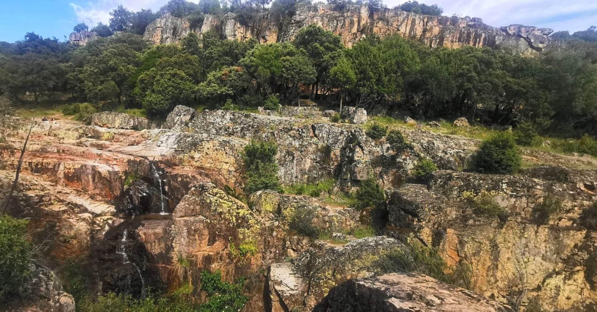 Roquedos del Parque Natural Valle de Alcudia y Sierra Madrona. Ciudad Real, Castilla La Mancha.