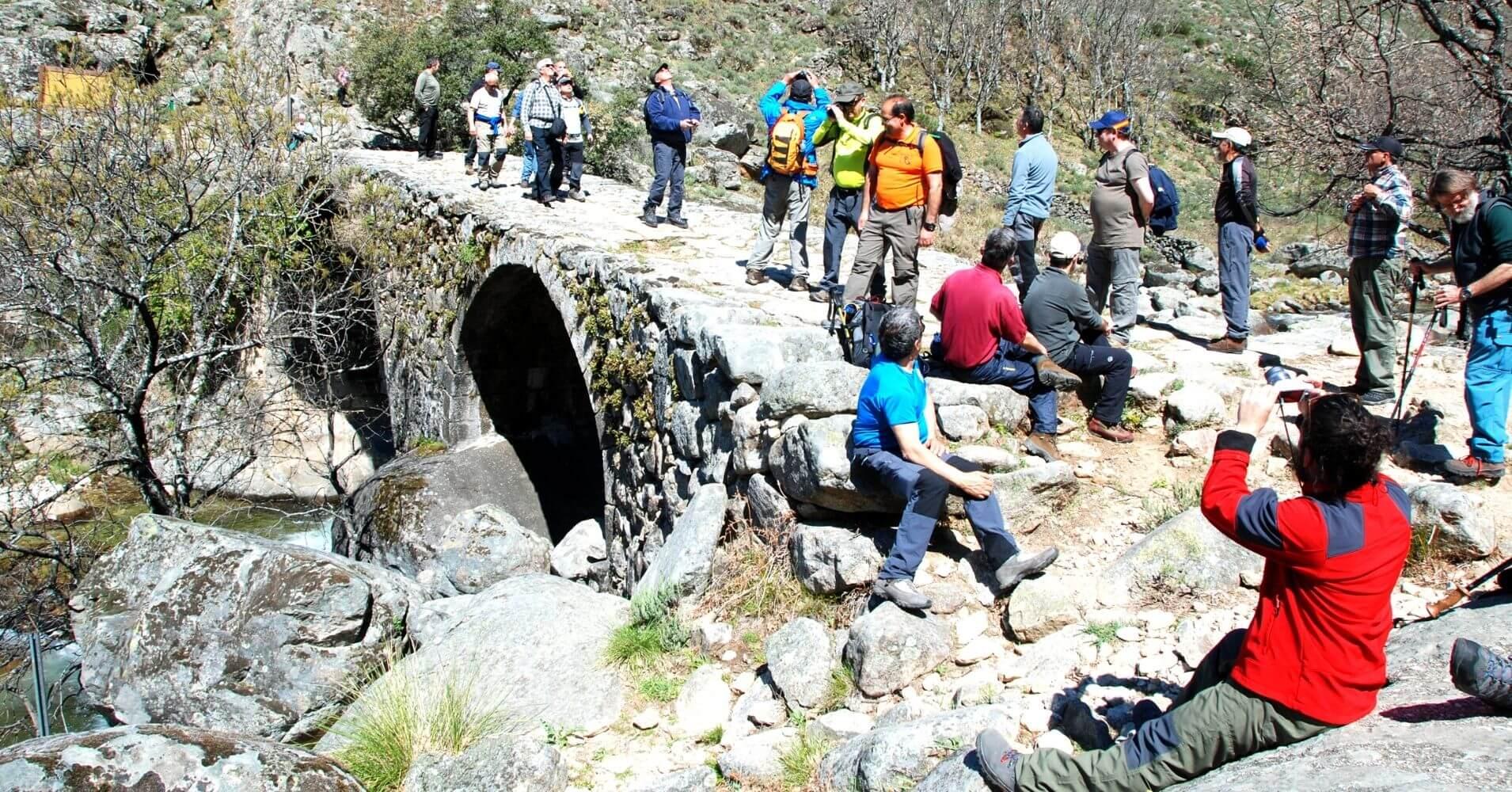 Ruta y Puente de Carlos V en el Valle del Jerte. Cáceres. Extremadura.