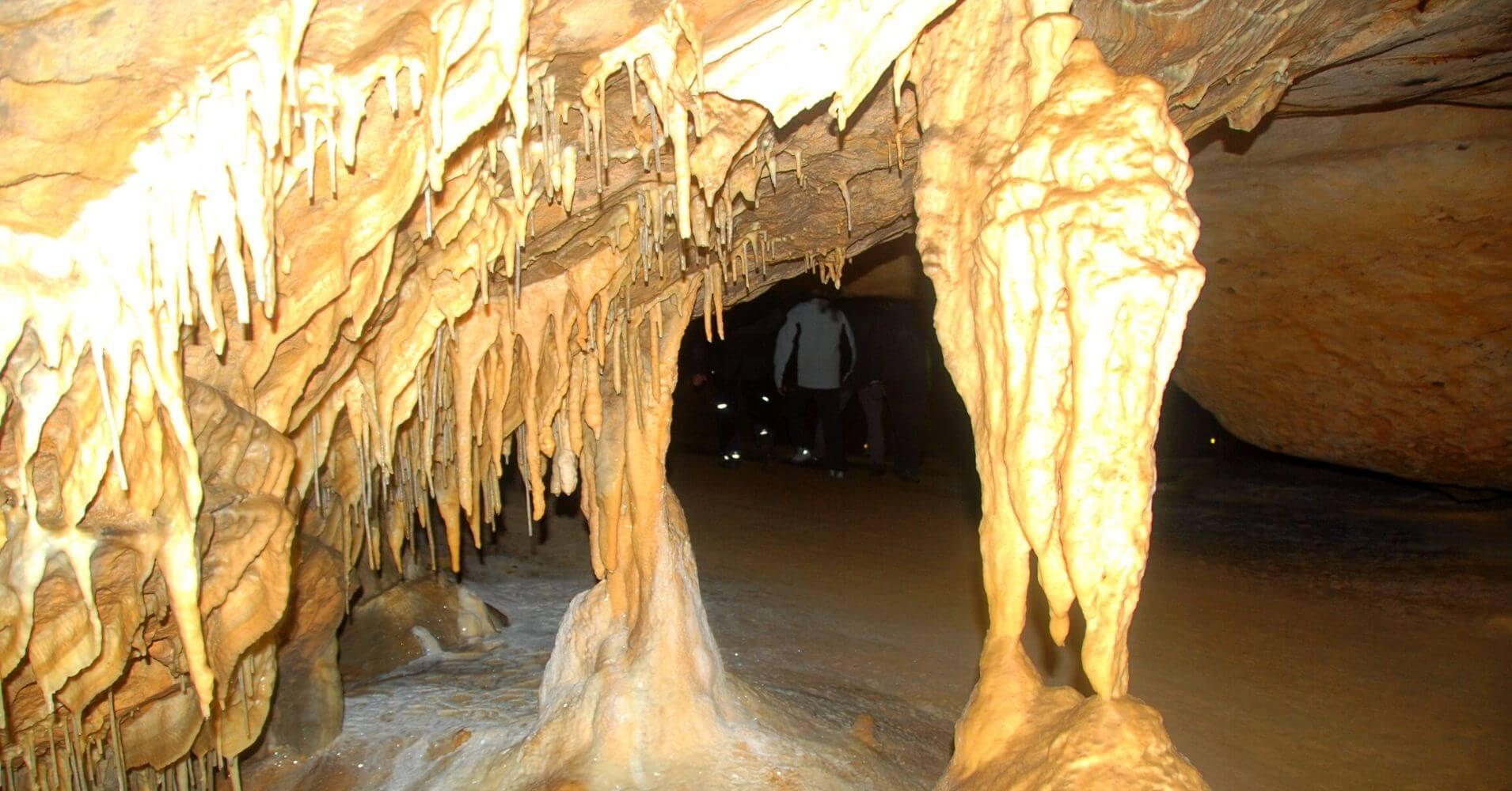 Sala del Cacique. Cueva Palomera. Las Merindades, Complejo Kárstico de Ojo Guareña. Burgos, Castilla y León.