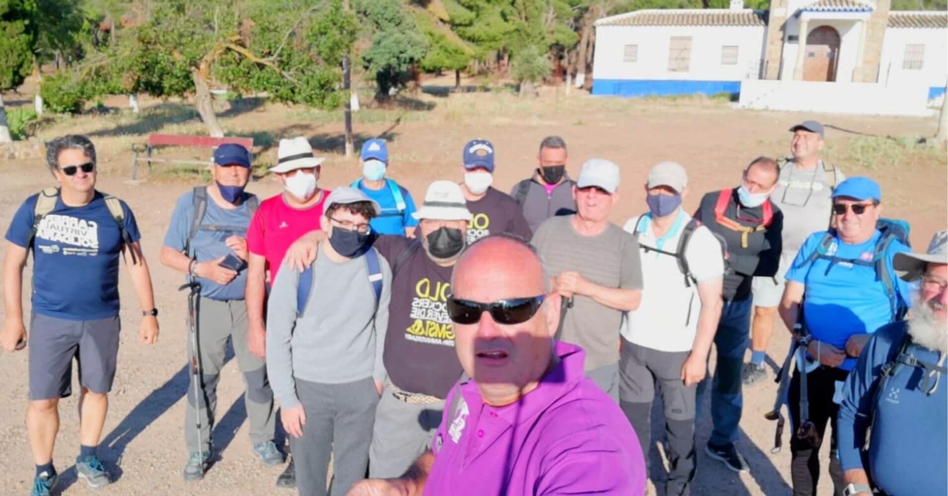 Selfie Grupo. Inicio Ruta Pico Mingoliva. Sierra de Madridejos. Toledo. Castilla la Mancha.