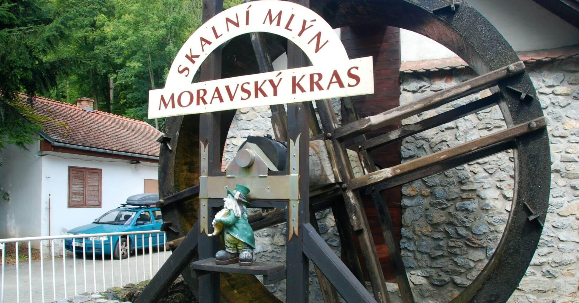 Skalní Mlýn Molino Skalni. Karts de Moravia. República Checa.
