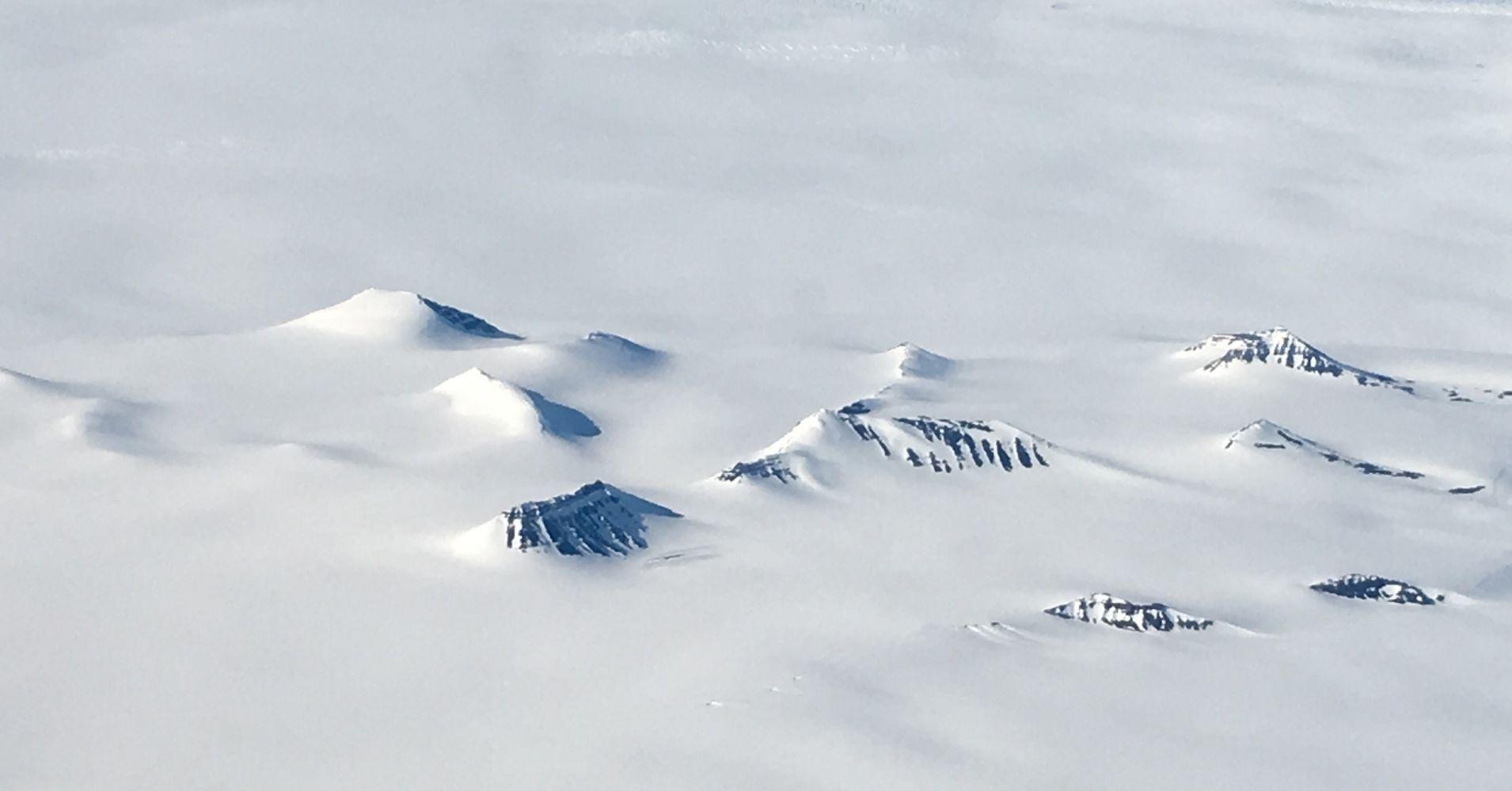 Sobrevolando el Monte McKinley. Alaska. Estados Unidos.
