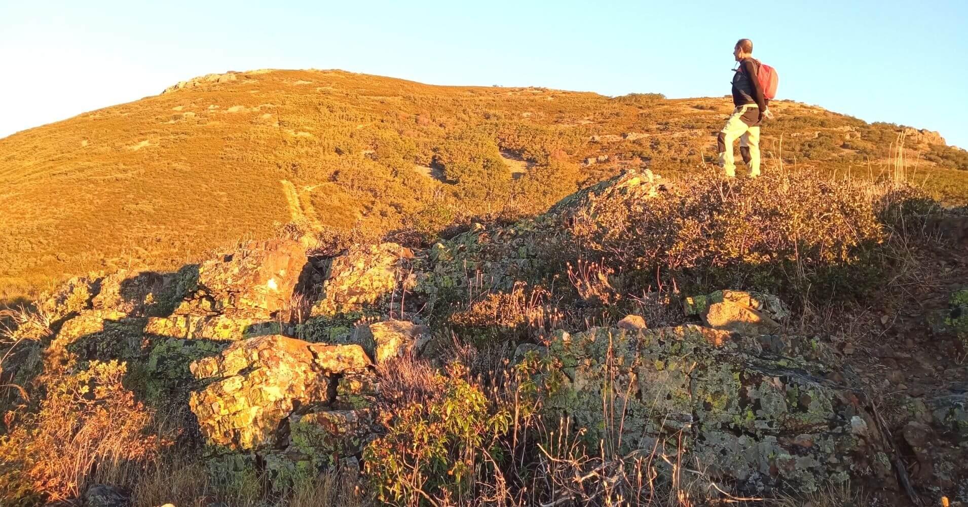Subida al Cerro de Lagunillas. Montes de Toledo, Puerto del Marchés. Las Navillas. Toledo.