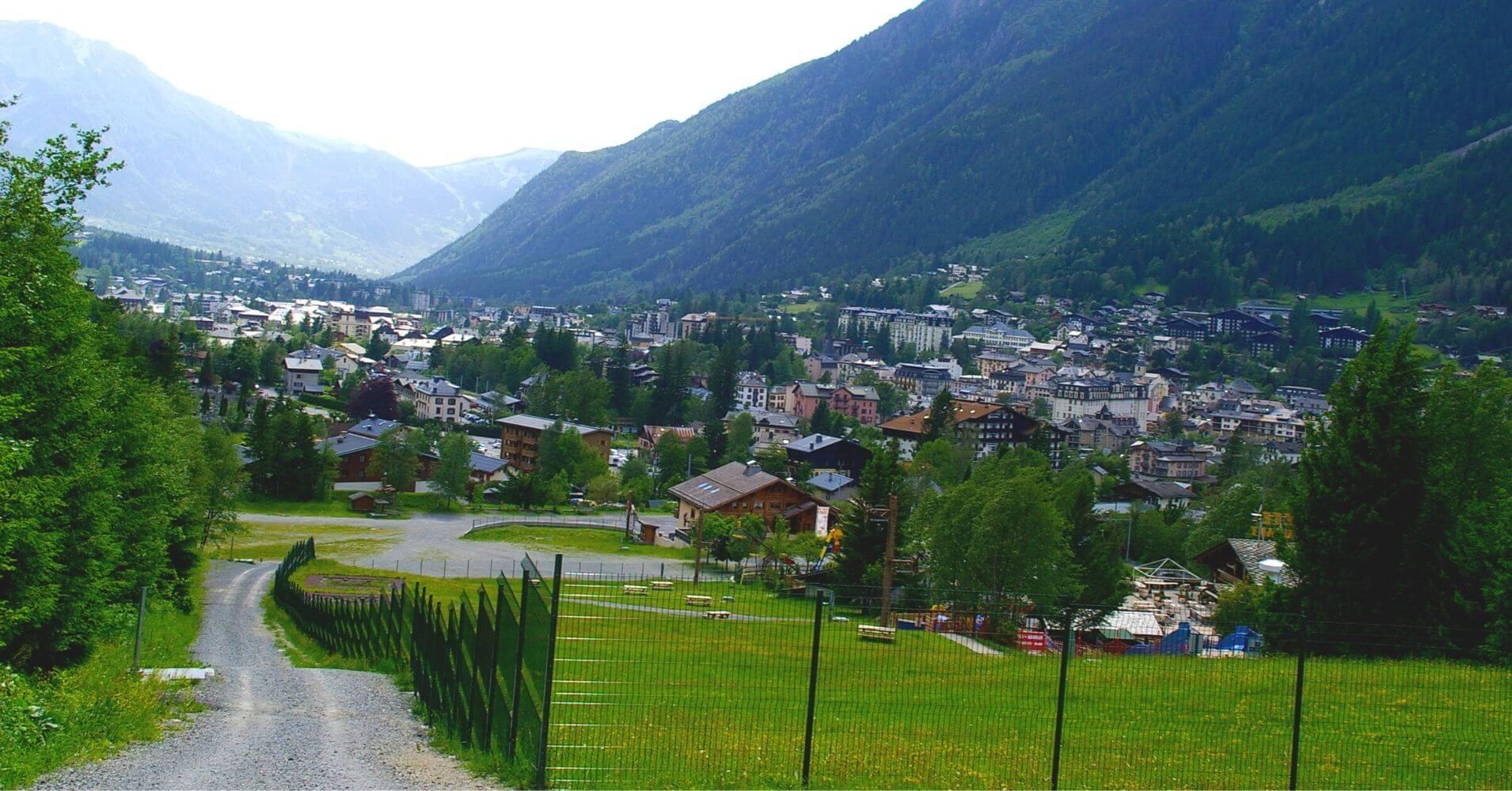 Tour del Mont Blanc. Llegando a Chamonix. Francia.