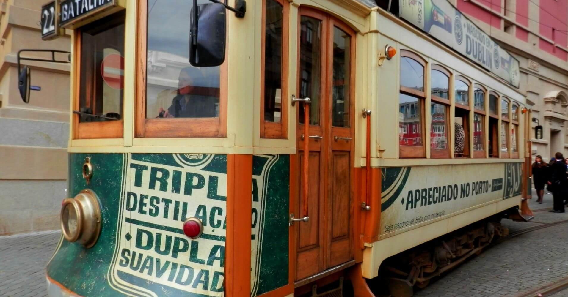 Tranvía en Oporto. Portugal.