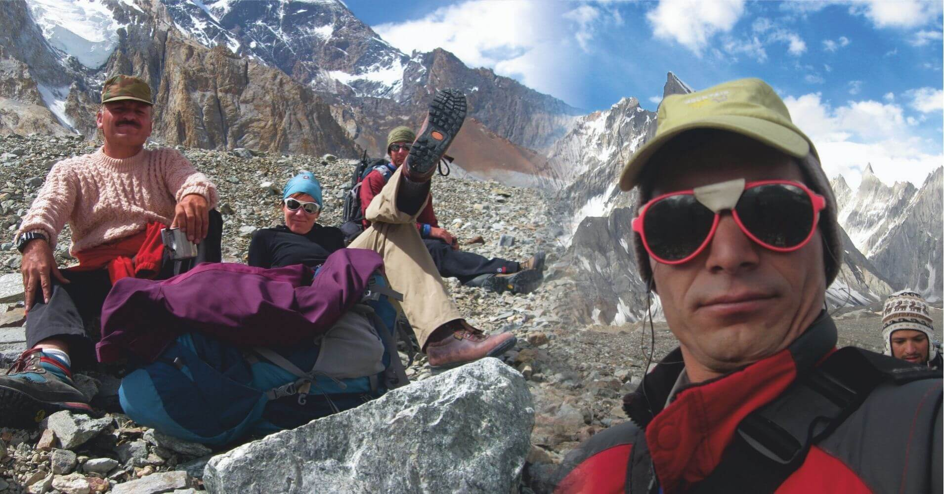 Trekking de Campo Base del K2 desde Pakistán.