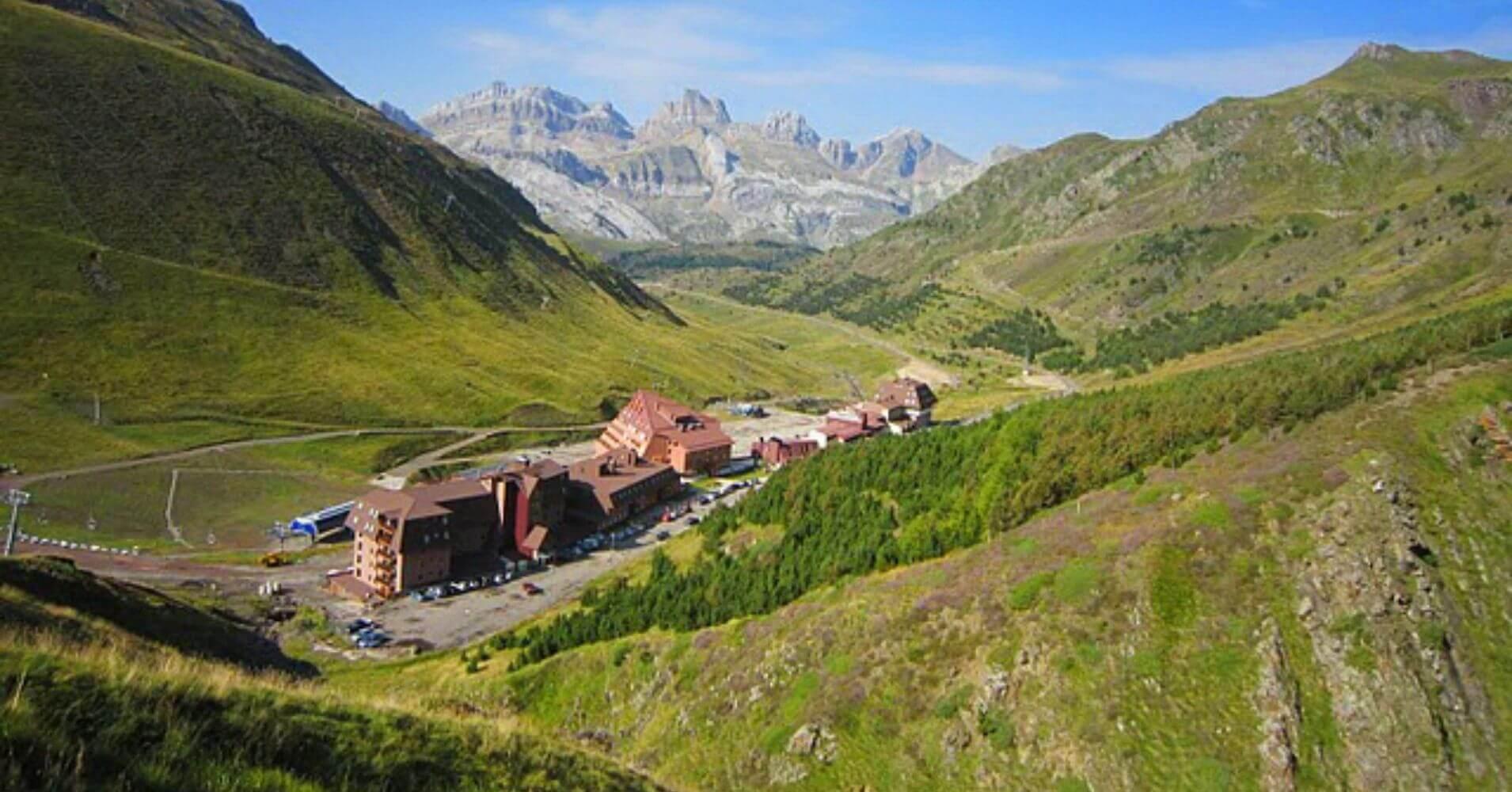 Valle de Astún. Estación de Esquí. Huesca. Aragón. España.