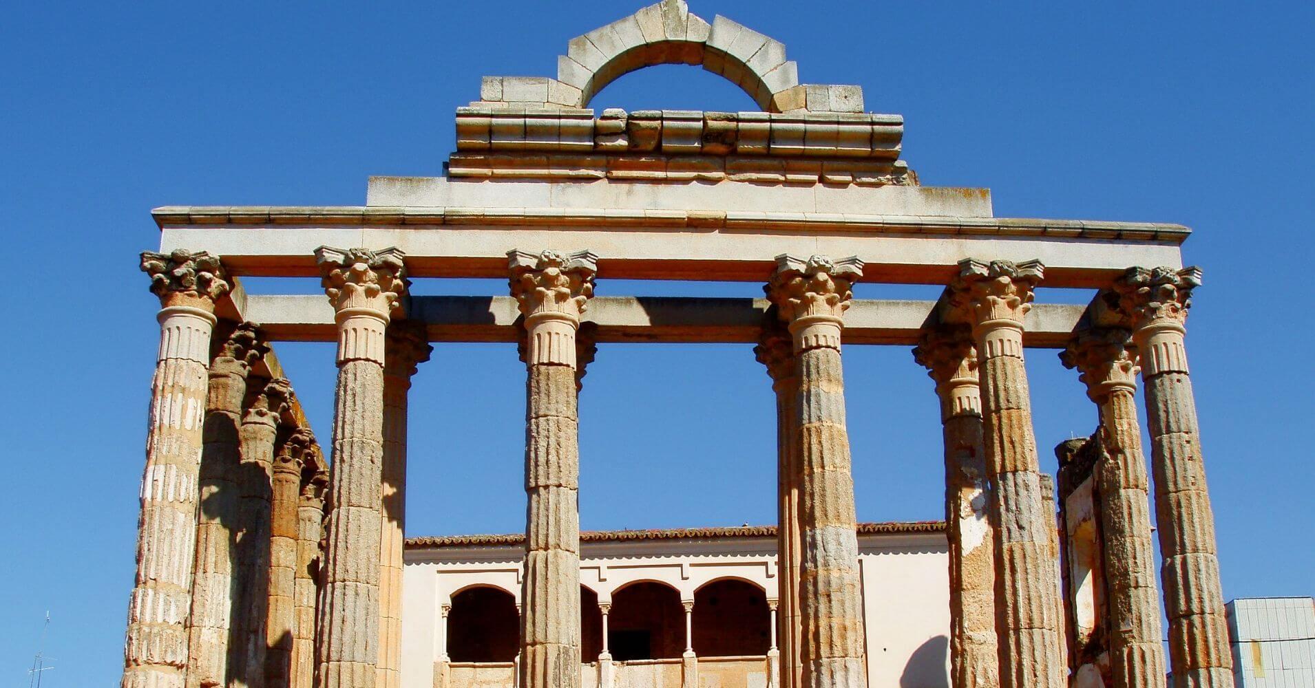 Viajar a España. Templo de Diana. Mérida, Badajoz. Extremadura.