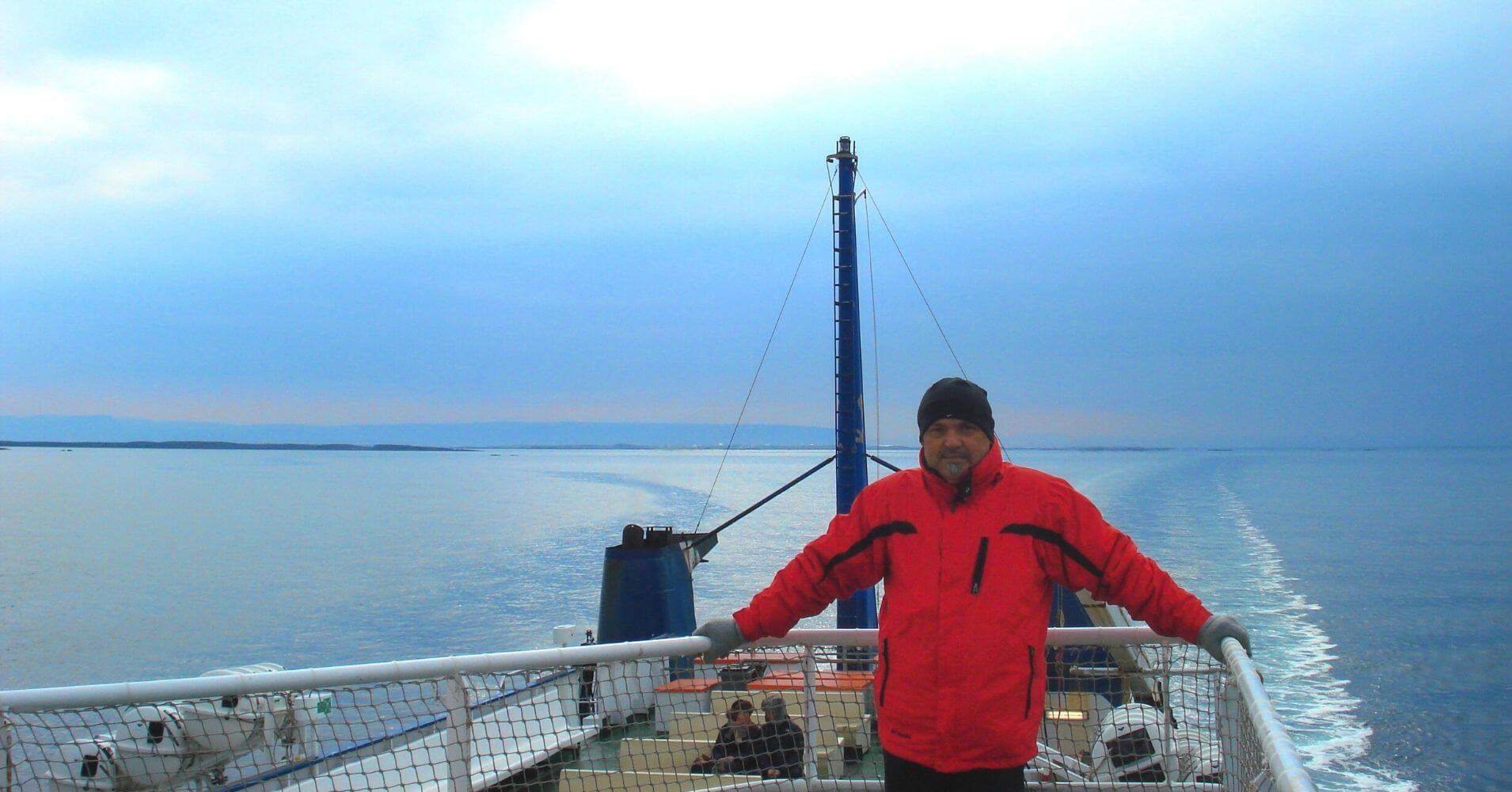 Viaje en Ferry Baldur. Ísafjörður. Fiordos del Oeste. Vestfirðir. Islandia.