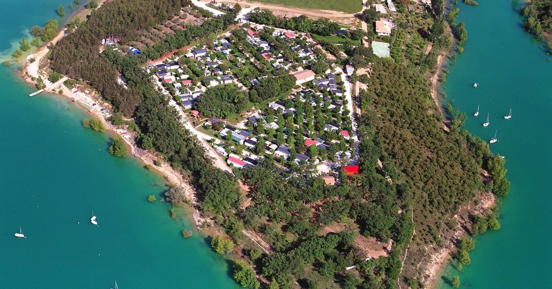 Vistas Panorámicas Aéreas del Camping Aritzaleku. Lerate, Navarra.