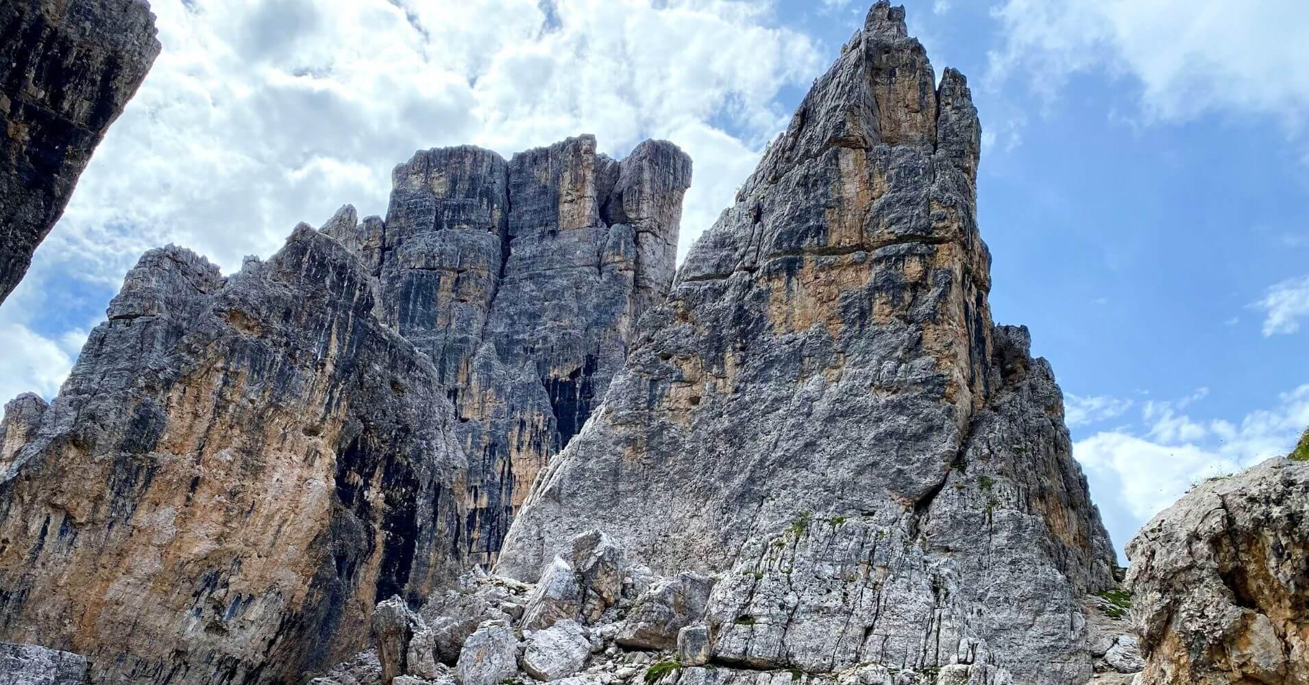 Vuelta a las Cinque Torri, Cinco Torres. Dolomitas. Cortina d' Ampezzo. Belluno. Véneto. Italia.