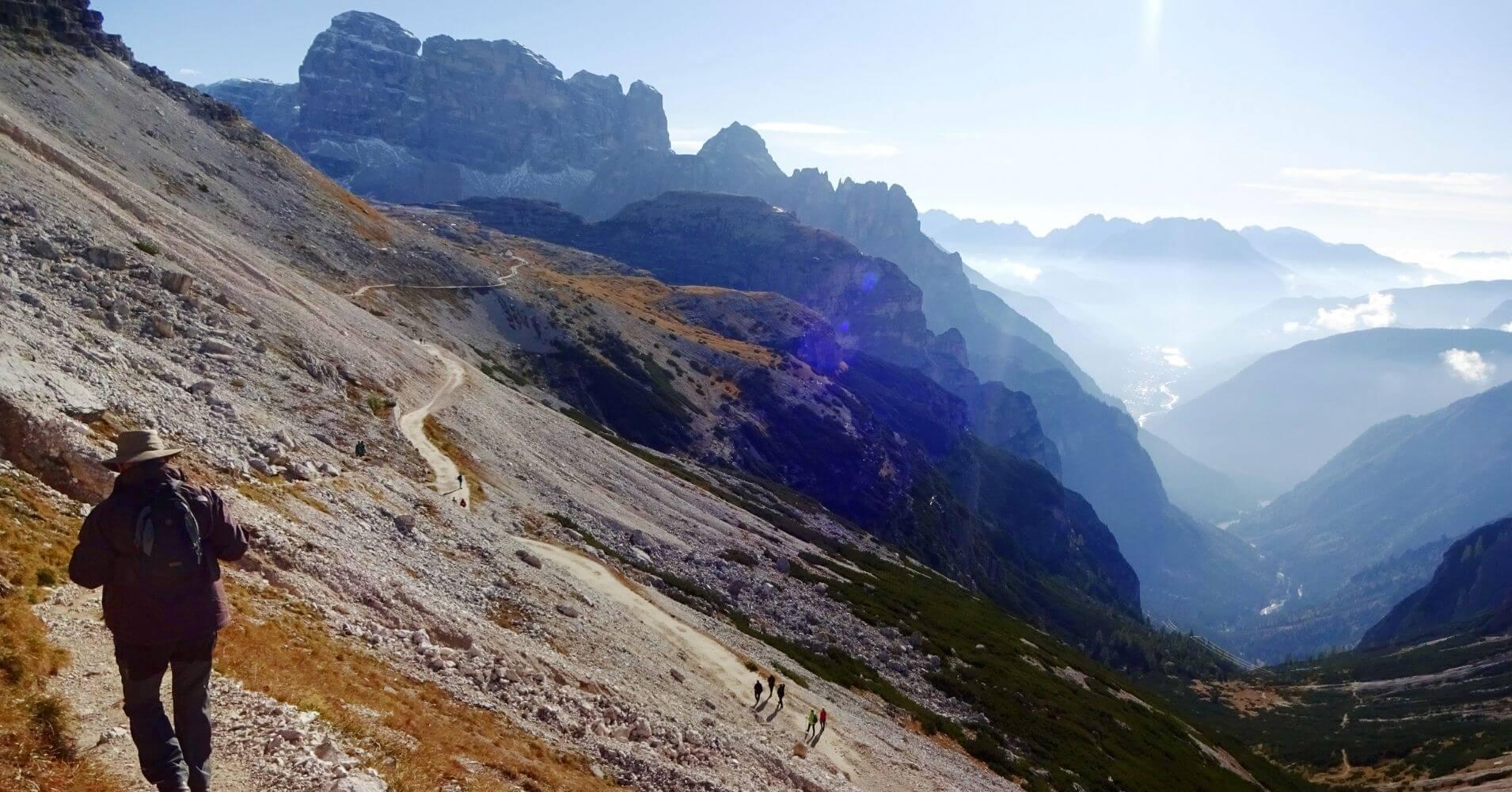 Vuelta a las Tres Cimas di Lavaredo. Alpes Dolomitas. Alrededores de Cortna d' Ampezzo. Belluno, Véneto. Italia.