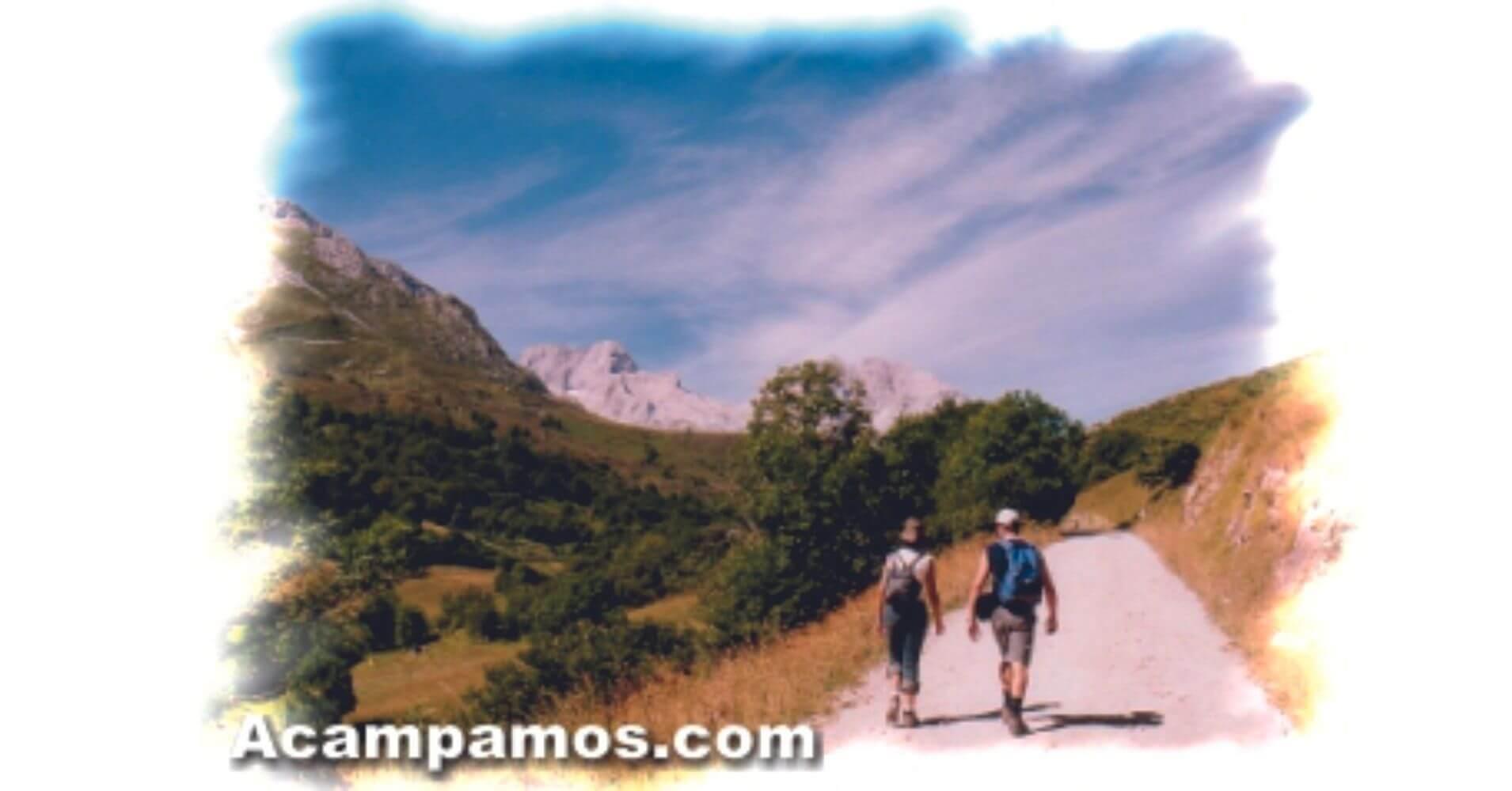 Vuelta de la Ruta del Naranjo de Bulnes. Pico Urriellu. Asturias.