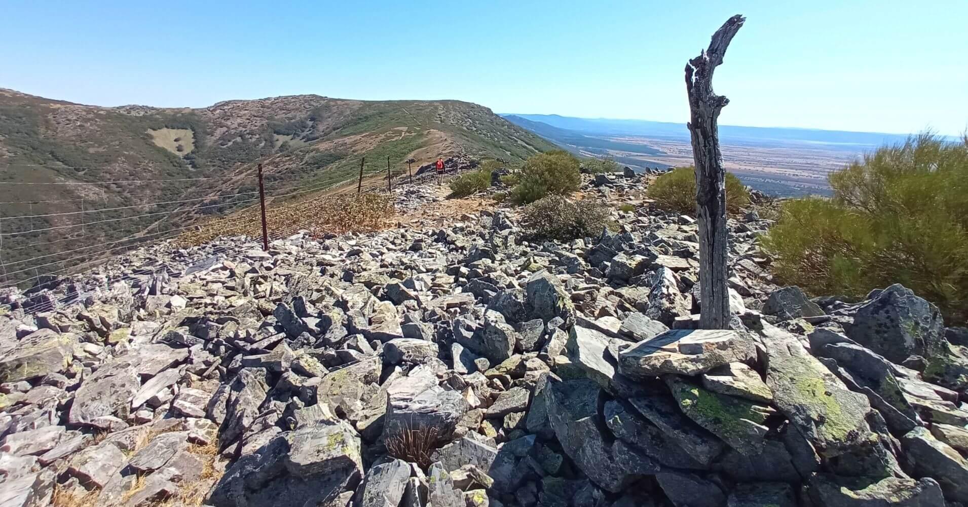 Vuelta del Cerro Vicente 1430m. Montes de Toledo. Menasalbas, Castilla la Mancha.