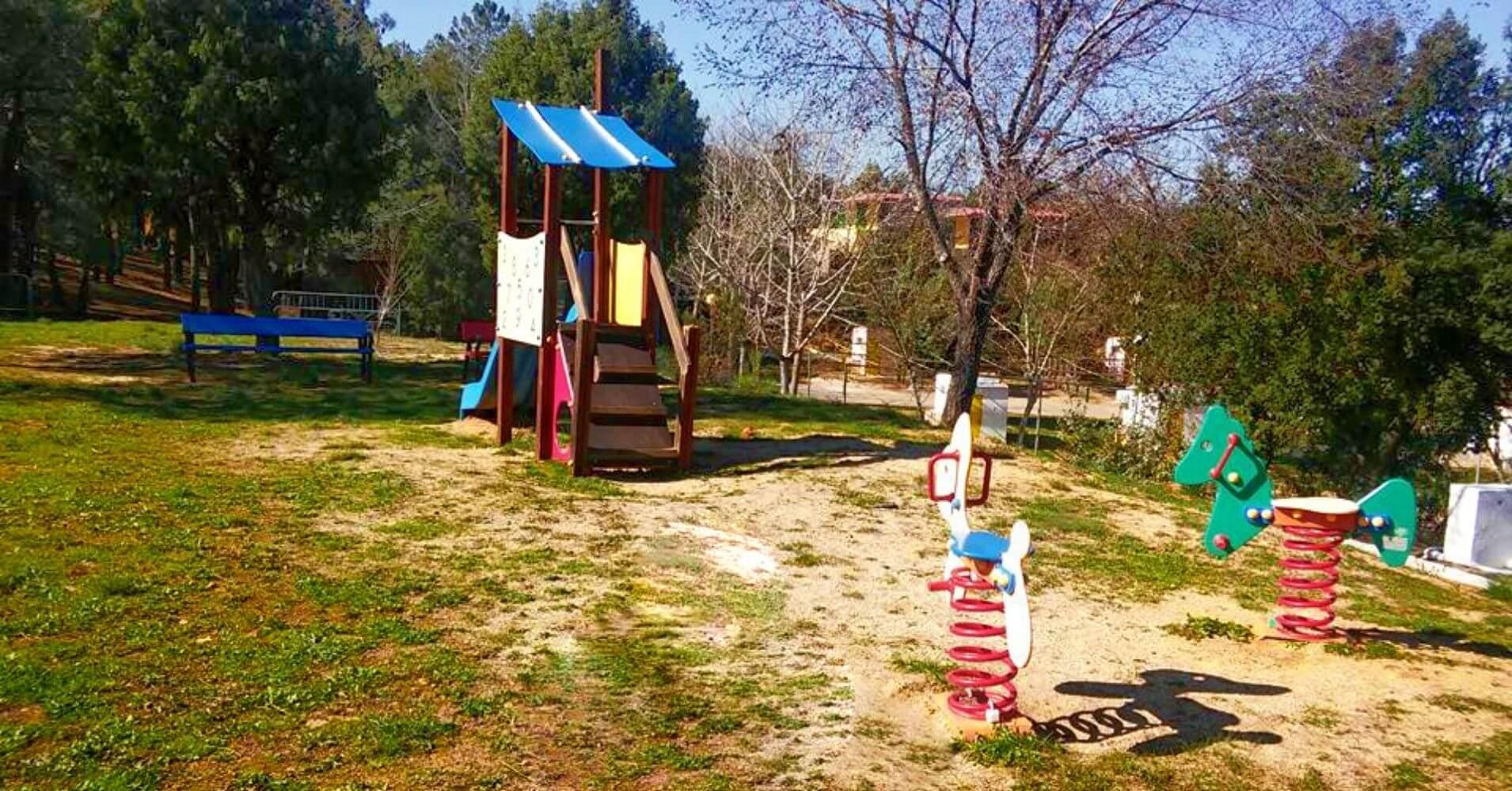 Zona Infantil del Camping Navahermosa La Milagra. Toledo, Castilla La Mancha.